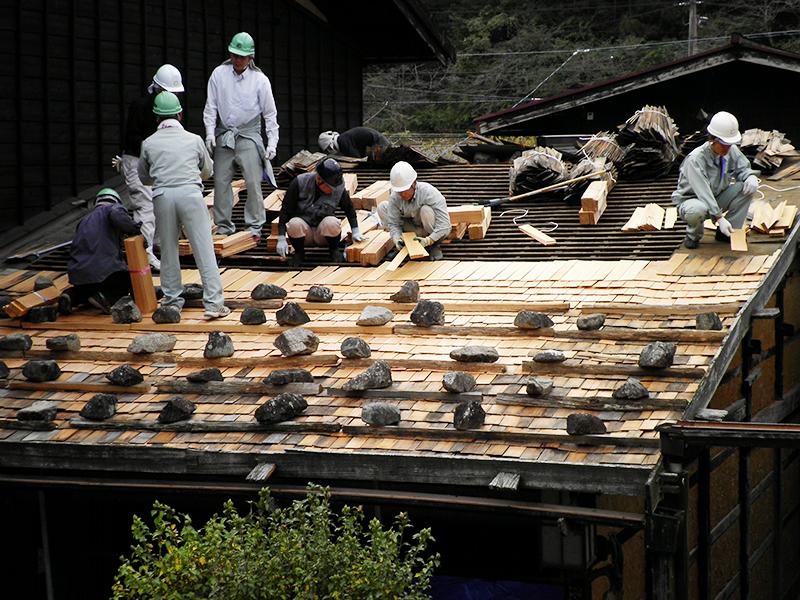 板葺き石置き屋根葺き替え